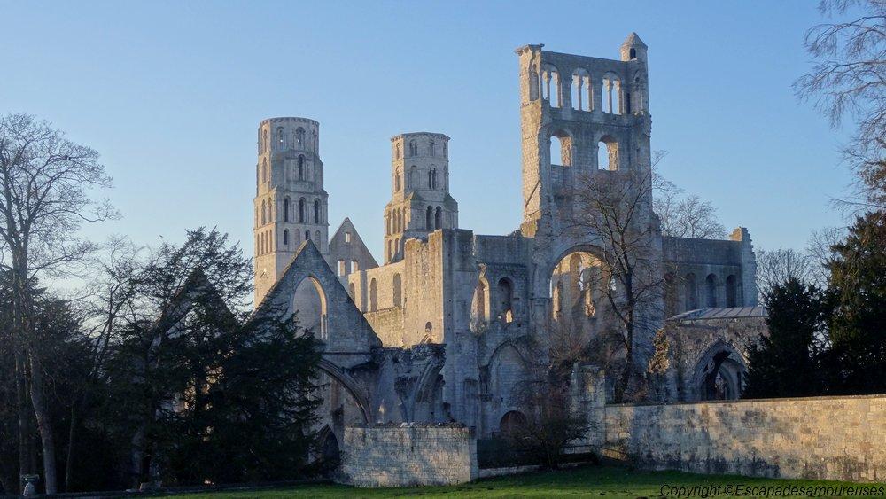 Escapade dans le temps à l'Abbaye de Jumièges