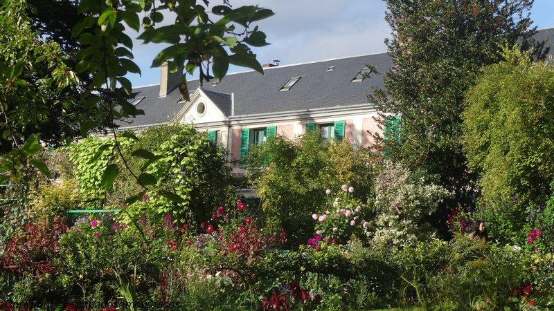 5 raisons de visiter le jardin de Claude Monet en automne